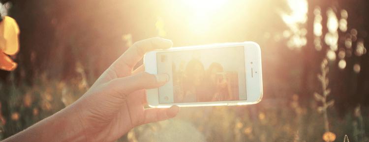 Selfie Skin: How Social Media Affects Skincare Trends