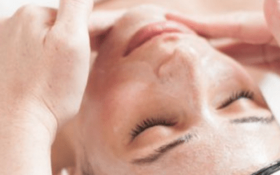 Lymphatic Drainage: Our New Skin-Tox Treatment Helps Hormonal Breakouts